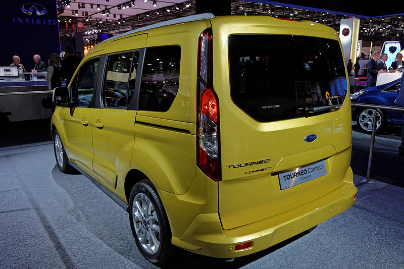 800px-Ford_Tourneo_Connect_-_Mondial_de_l'Automobile_de_Paris_2012_-_004.jpg